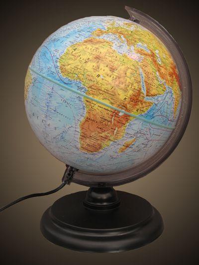 Belma 25 cm átmérőjű világító politikai földgömb